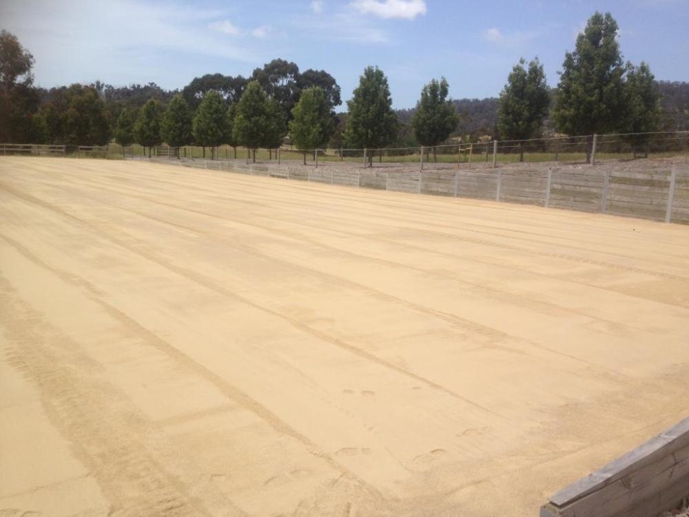 Sand riding arena